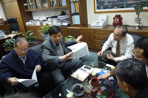 楊綏生民航局提機場短程及遠程改善計畫   照片