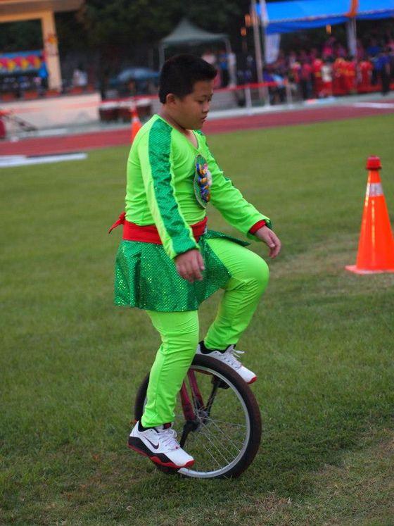 101年縣運會獨輪車秀  照片