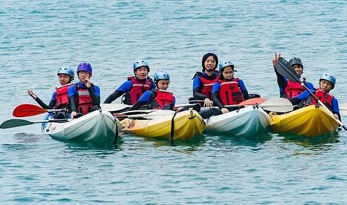 明德中學城鄉共學體驗浮潛、獨木舟 都說好特別,好好玩  照片