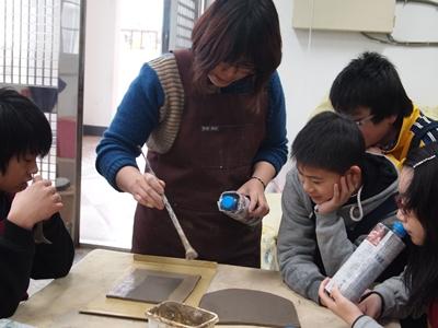 100學年藝術深耕在東引國中小--捏陶趣  照片