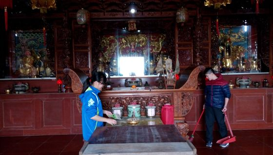 辦理環境教育主題活動-廟宇打掃  照片